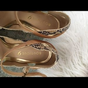 Boutique 9 Shoes - Leather nude snake shoes with gold trim size 9